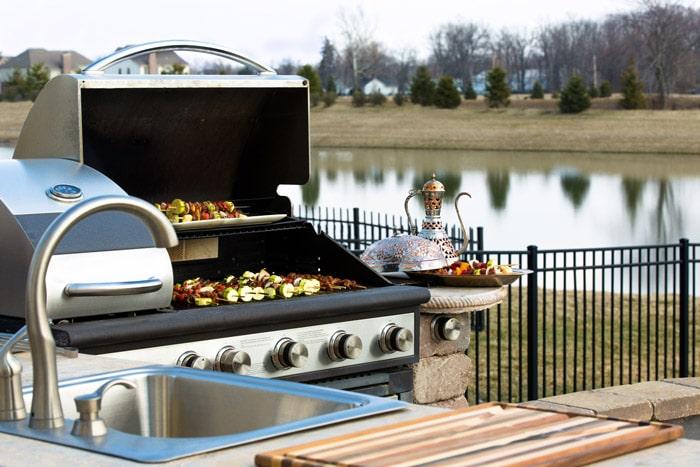 Installer une cuisine ext rieure pour profiter des beaux jours - Cuisine d exterieure ...