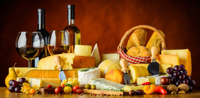 du vin du fromage et du pain pour un ap ritif r ussi. Black Bedroom Furniture Sets. Home Design Ideas